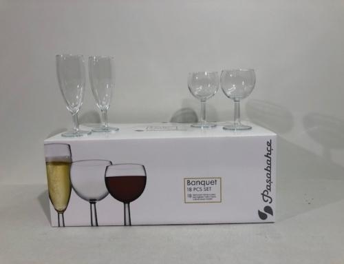 Glazenset Wijn Rood/Wit en Champagneglazen Set= 18 pcs