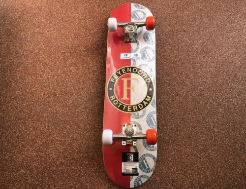 Skatebord Feyenoord Middel 31″ Dubble Kick